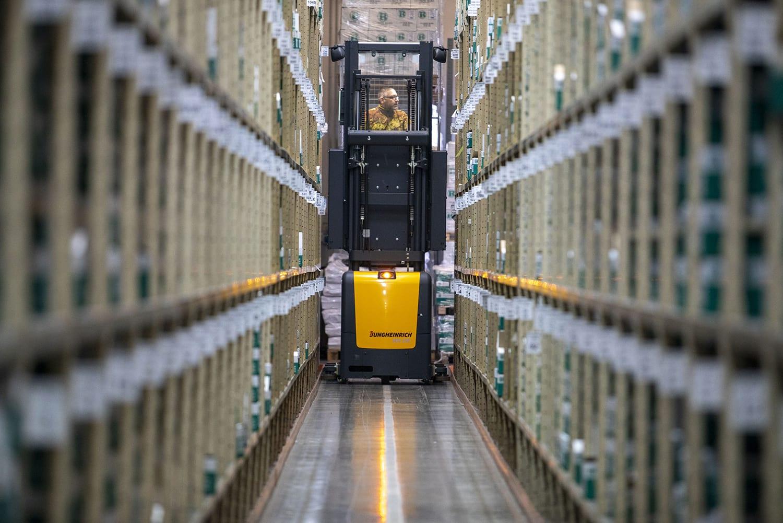 Photoshooting - Servizio fotografico corporate produzione - Cucirini Rama | OIS