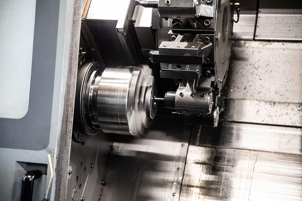 Photoshooting - Servizio fotografico corporate produzione - Ktech Meccanica di Precisione | OIS